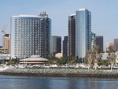 San Diego Marriott Marquis & Marina (procrast8) Tags: california park ca building tower roy marina marriott nbc restaurant hotel bay san downtown south diego embarcadero pinnacle marquis
