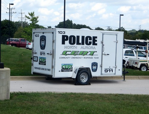 IL - North Aurora Police's CERT