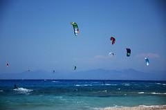 Kitesurf (Grandangolo) Tags: kitesurf kitesurfer vento wind grecia greece mare sea acqua blu beach d7000 holiday landscape luce nikon paesaggio summer sole surf windsurf kitesurfing