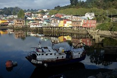 mirrored (cam17) Tags: southamerica chile chiloe islachiloe castro castrochiloe townofcastro palafino housesonstilts stilts boatyard boatrepair boatbuilding mirrored