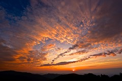 Each Day Is Born With A Sunrise (Anna Kwa) Tags: sunrise sky clouds sun thorofaremountainoverlook blueridgemountains shenandoahnationalpark virginia usa annakwa nikon d750 afszoomnikkor1424mmf28ged my seeing always heart soul throughmylens moment unforgettable world travel nature