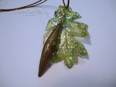 Spike & Green Resin Leaf (LynzCraftz) Tags: polymerclay resin swellegant steampunk handmade oneofakind jewelry necklace pendant