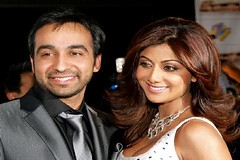 Shilpa Shetty takes Bollywood to London via radio (tamilgoose) Tags: london bollywood shilpashetty radiojockey