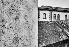 Luxembourg Unterstadt Neumunster b&w (rainerneumann831) Tags: blackwhite architektur luxembourg neumnster linien