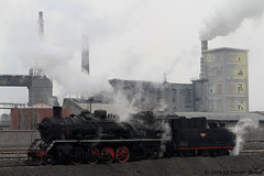 I_B_IMG_8204 (florian_grupp) Tags: asia china steam train railway railroad bayin lanzhou gansu desert landscape loess mountains sy ore mine 282 mikado steamlocomotive locomotive