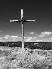 Aubrac (@phr_photo) Tags: aubrac france croix paysage landscape blackwhitephoto blackandwhitepassion