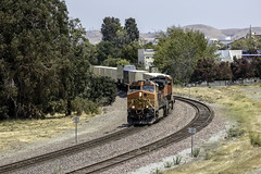 Sunday UPS at Pinole (lennycarl08) Tags: upstrain bnsf burlingtonnorthernsantafe stocktonsub trains railraod eastbay pinole