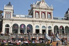 Vondel CS Vondelpark - Rokjesdag in Amsterdam (Bobtom Foto) Tags: amsterdam martin zomer lente vondelpark bril rokjesdag