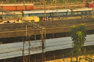 Morning, Pune train station