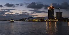 Over het IJ (Tim Boric) Tags: eye amsterdam dusk shell veer pont avond ij schemering overhoeks adamtoren