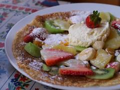 Fresh fruit & cream pancake (Long Sleeper) Tags: food holland amsterdam fruit dessert cafe colorful thenetherlands sweets pancake dmcgx1 lumixg425mmf17asph upstairspannenkoekenhuis