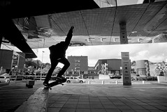 Krooks (gborgskij) Tags: nippon nikon ft2 20mm chalmers gothenburg skateboarding john eliasson d76 11 14min kentmere 400