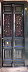 Puerta / Door (Rafa Gallegos) Tags: madrid espaa spain puerta door