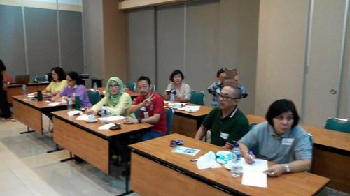 """Kompas Gramedia. Program persiapan Pra Purnabakti untuk kelas kesekian puluh kalinya. Hehehe. Senang sekali terus dipercaya dan bisa berkontribusi untuk salah satu perusahaan media terbesar di Indonesia. • <a style=""""font-size:0.8em;"""" href=""""http://www.flickr.com/photos/41601386@N04/28833217566/"""" target=""""_blank"""">View on Flickr</a>"""