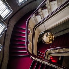 Steps to wisdom (uneitzel) Tags: bannister gelnder globe globus hamburg logenhaus mzuiko918mm moorweidenstrasse olympusem5 red rot staircase stairs treppe treppenhaus weltkugel masoniclodgehouse square