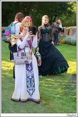 Digifred_Elfia_Arcen_2016_S_6404 (Digifred.) Tags: elfiaarcen2016 fantasy elffantasyfair portret portrait costume elf fairy beauty cosplay people kasteeltuinenarcen arcen festival girl model evenement event digifred 2016 elfia