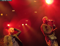 20150528_27 Fankid & Wyclef Jean at Liseberg, Gothenburg, Sweden (ratexla) Tags: wyclefjean 28may2015 2015 canonpowershotsx50hs concert music live gig show tour hiphop reggae soul rb person people human humans man men guy guys homosapiens dude dudes artist artists performance liseberg storascenen gteborg goteborg gothenburg sweden sverige scandinavia scandinavian europe entertainment popstar celeb celebs celebrity celebrities famous musik konsert earth tellus life organism photophotospicturepicturesimageimagesfotofotonbildbilder norden nordiccountries wyclef fan fans fanboy