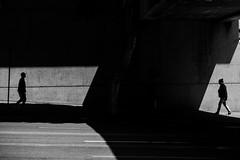 Los Angeles (Rinzi Ruiz [street zen]) Tags: rinziruiz monochrome fujifilmxpro2 streetphotography usa xpro2 california streetzen streetphoto art lightandshadow candid blackandwhitestreetphotography blackandwhite fujifilmxus urban 5yearsofxseries light fujifilm56mm12apd fujifilm