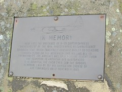 Memorial Plaque (mr_snipsnap) Tags: park plaque high memorial district aircraft derbyshire peak national usaf wreckage b29 bleaklow superfotress