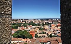 Depuis les remparts de Carcassonne (laurent KB) Tags: carcassonne remparts aude