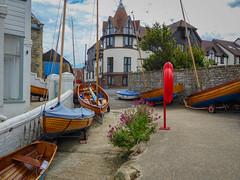 Seaview Scene (Rob Jennings2) Tags: street boat yacht lane isleofwight yachts quaint seaview boatyard iow