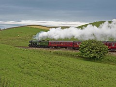 "LNER A3 Class 4-6-2 No 60103 Flying Scotsman in charge of ""The Waverly"" on the return leg at Gilsland on the Newcastle to Carlisle Line (penlea1954) Tags: uk railroad england train newcastle flying pacific outdoor no transport engine rail railway loco trains class steam line northumberland vehicle a3 locomotive sir nigel carlisle cumberland borders locomotives brampton waverley scotsman the ner lner 462 gresley gilsland 60103"