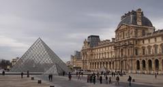 (procrast8) Tags: paris france louvre palace palais pyramide pyramid musee museum napoleon courtyard cour richelieu arc triomphe carrousel