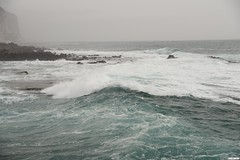 e il mare... (MarcoAgustoniPhotography) Tags: sardegna cala gonone mare italia maremosso onde schiuma scogli nuvole