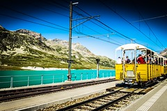 Whistle Train! (Stefano Faccenda) Tags: human kids facce faces persone people rotaie italy lago lake water xt10 fujifilm fuji railway yellow mountain montagna ospizio moritz bernina treno train
