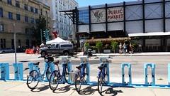 20160903_122836 (M N H) Tags: milwaukee publicmarket bikes thirdward