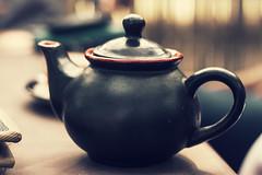 Anglų lietuvių žodynas. Žodis teapot reiškia n arbatinukas lietuviškai.