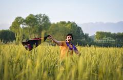 On the field (naimatrawan) Tags: afghanistan motion green nature landscape photography shoot action modeling kabul rawan naimat