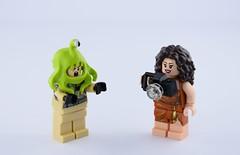 He eats me ! (Alex THELEGOFAN) Tags: lego alien peter venkman dana barrett slime