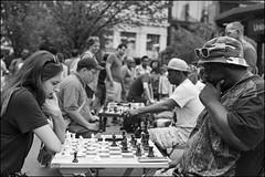 L1024742 B&W (Damien DEROUENE) Tags: street leica nyc people newyork chess mm monochrom unionsquare damienderouene