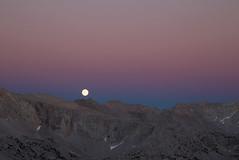 High Sierra Moonrise (hansol0) Tags: moonrise sierra nevada granitepark johnmuirwilderness twilight
