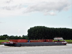 containervessel Petran in Botlek Holland (capelleaandenijssel) Tags: contargo waterway logistics netherlands boat mv