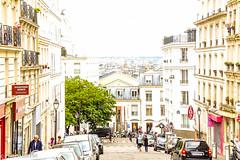 Montmartre (Paris, 18me Arr.) (DesOMBAKA) Tags: paris france streets color tourism architecture buildings cityscape citylife streetphotography photojournalism touristattraction streetshot travelphotography famousplace internationallandmark traveldestination labuttemontmartre
