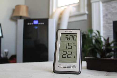 sensor cold percent forecasting day atmosphere temperature relative symbol measurement light accessories digital moisture technology meteorology macro equipment conditions number climate weather outdoors lcd instrument indoors fahrenheit meter celsius isolated electric segment display white thermometer humidity heat measure