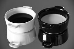 Opposites (franck.robinet) Tags: macro mm macromondays opposites bw nb noiretblanc blackandwhite monochrome