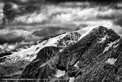 Bergpanorama aufgenommen auf einer Wanderung am Langkofel in Südtirol - Mountain panorama photograph on a hike at Langkofel in South Tyrol (klausmoseleit) Tags: jahreszeit gröden alpen südtirol sommer orte campitellodifassa trentinoaltoadige italien it