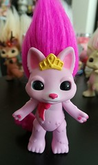 pretty-kit (meimi132) Tags: zelfs zelf series6 cute adorable trolls prettykit cat kitty kitten pretty pink tail bow