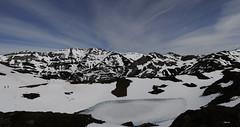THE LAKE  ICE (C@RLOS.R) Tags: asturias lagos hielo montaas asturies crlos