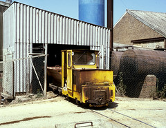 Star Lane Brickworks Tippler (Kingmoor Klickr) Tags: industrial 26 railway brickworks essex southend narrowgauge greatwakering starlane alankeef butterleybuildingmaterials