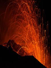 Lava Fountain (kuhnmi) Tags: lava lavafountain lavafontne stromboli volcano vulkan sicily sizilien liparischeinseln aeolianislands olischeinseln italy italien italia nature naturgewalten natur naturspektakel landscape landschaft