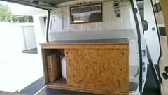 Mbel mit Sitzbankunterbau (ThomasLins) Tags: t4 vw bus transporter ausgebaut tisch bett mbel tischlerarbeit stauraum schiffsboden silikonierte arbeitsplatte