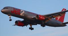BOEING 757-21B (MSN144) JET2 G-LSAG (jleroch) Tags: toulouseblagnac aeroporttoulouse boeing boeing747 747 kingofthesky cargo cargolux kalitta atlasair jet2 airchina md11 mcdonalddouglas fedex trijet