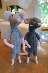 Two More Mice (Foxy Belle) Tags: mouse felt poseable dollhouse 112 craft make handmade diy ooak sew how
