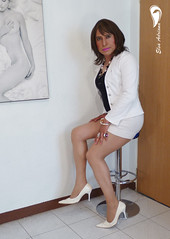 White high heels, white Fitted skirt, black blouse and white coat. (Elsa Adriana) Tags: elsaadriana sexylegs skirt tgirl travesti transvestite crossdresser officegirl