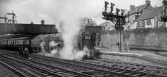 70016 Ariel at Newport, July 1958 (R J Viney) Tags: newportstation reddragon paddington 70016 ariel brittania