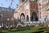 Rijksmuseumtuin - Rokjesdag in Amsterdam (Bobtom Foto) Tags: amsterdam martin zomer lente vondelpark bril rokjesdag